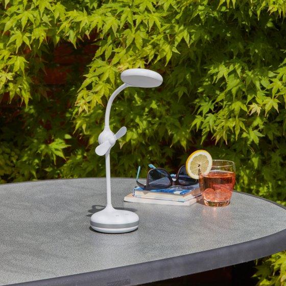 Dimbar LED-lampe med ventilator